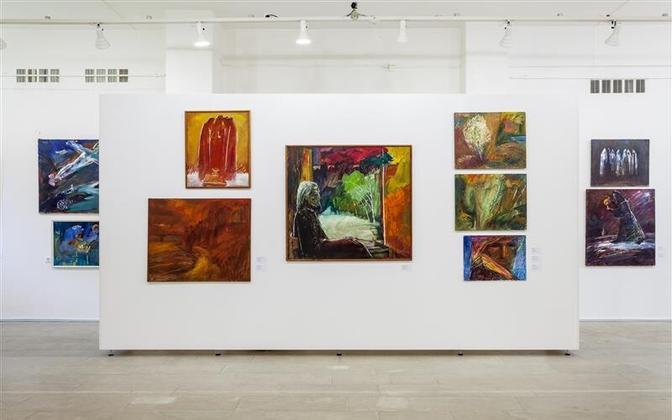 """Boriss Uvarovi ekspositsiooni keskne teos on """"Valge joone vaatlus"""", mis kuulub Narva muuseumile"""