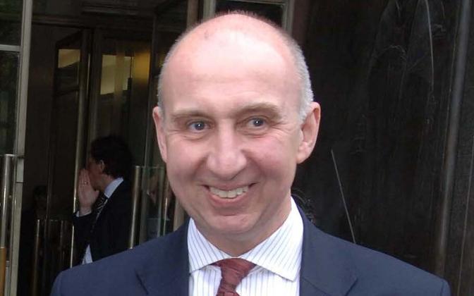 Sir John Elvidge.