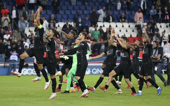 PSG tähistamas võitu Montpellier'i üle