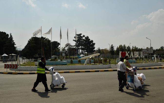 Lennujaamatöötajad Kabuli lennuväljal.