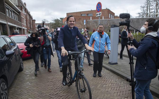 Mark Ruttele meeldib jalgrattaga ringi sõita
