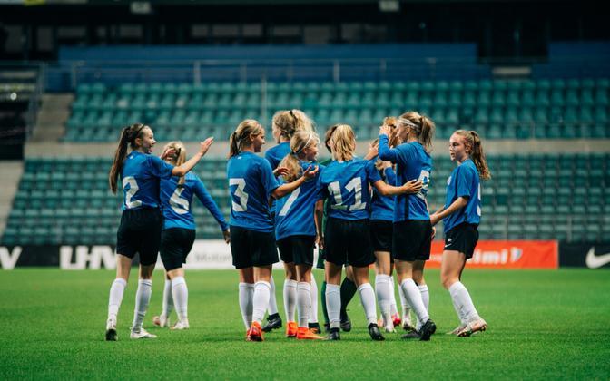 Tüdrukute U-17 jalgpallikoondis