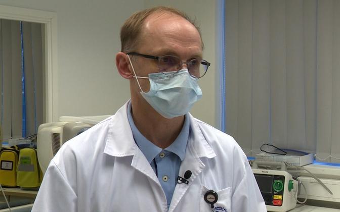 Йоэль Старкопф призывает людей вакцинироваться.