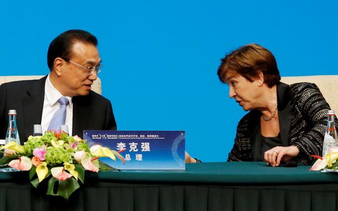 IMF-i tegevdirektor Kristalina Georgieva (paremal) ja Hiina peaminister Li Keqiang.
